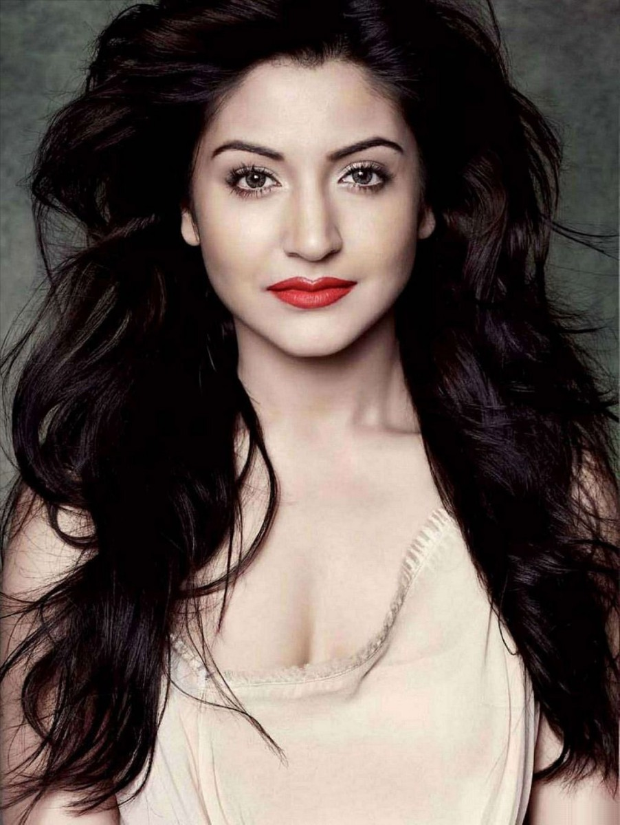 anushka-sharma–8_15782 | free download hd wallpapers | free desktop